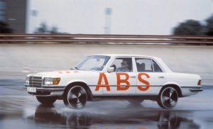 Mercedes-Benz-S-Klasse-Club-Nederland-S-Klasse-Sedan-W116-05