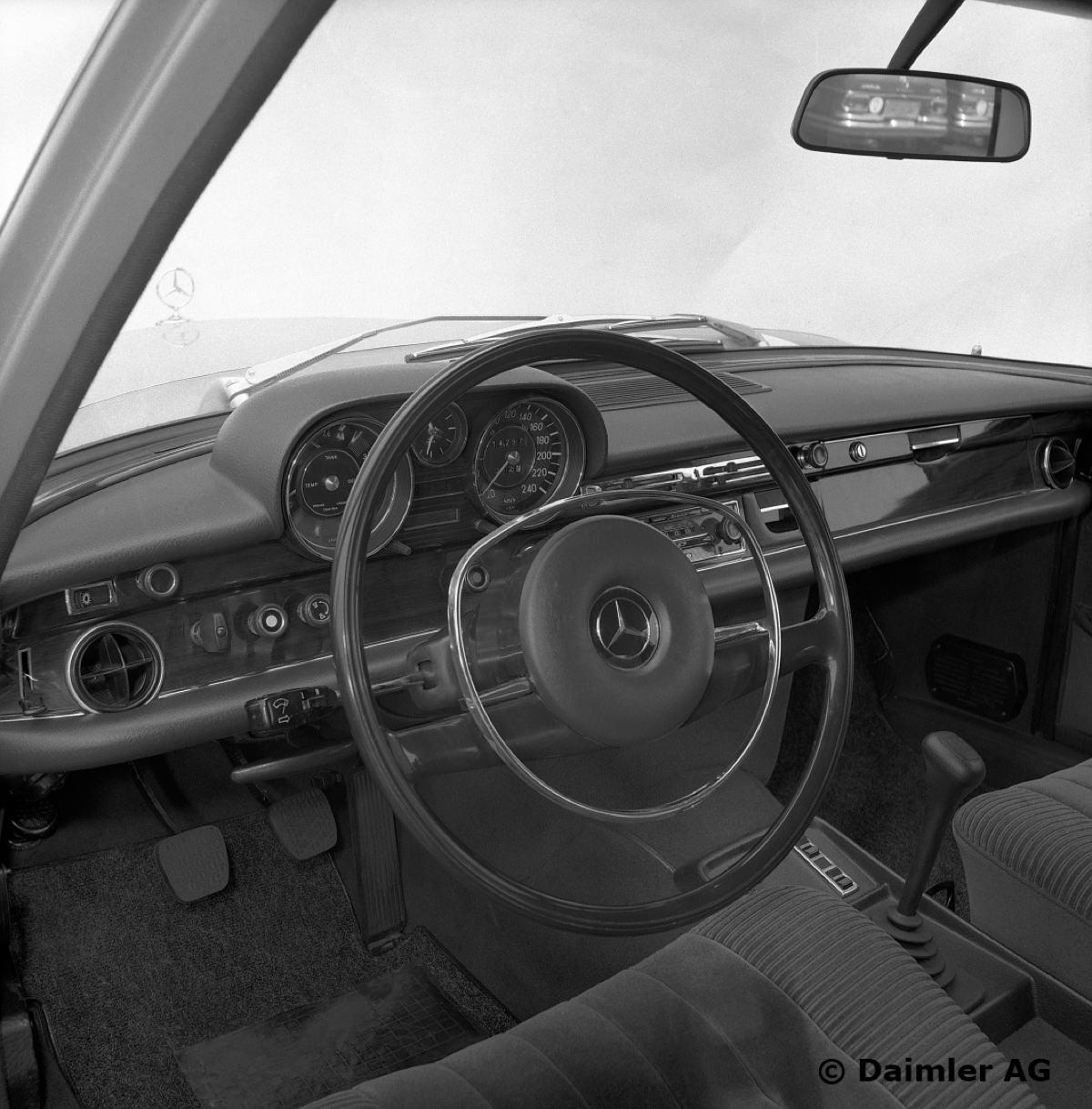 Mercedes-Benz-S-Klasse-Club-Nederland-W108-W109-04