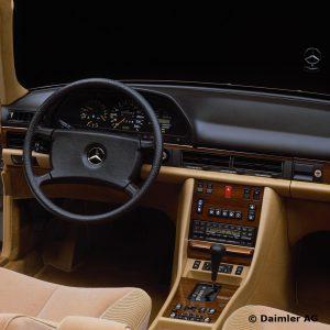 Mercedes-Benz-S-Klasse-Club-Nederland-S-Klasse-Sedan-W126-04-300x300