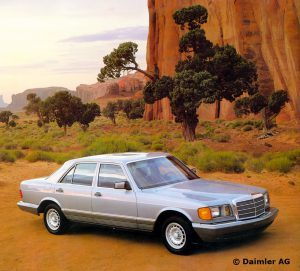 Mercedes-Benz-S-Klasse-Club-Nederland-S-Klasse-Sedan-W126-08-300x271