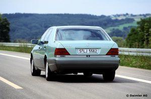 Mercedes-Benz-S-Klasse-Club-Nederland-S-Klasse-Sedan-W140-03-300x198
