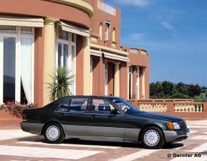 Mercedes-Benz-S-Klasse-Club-Nederland-S-Klasse-Sedan-W140-06-300x233
