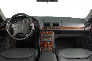 Mercedes-Benz-S-Klasse-Club-Nederland-S-Klasse-Sedan-W140-09-300x199