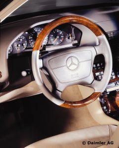 Mercedes-Benz-S-Klasse-Club-Nederland-S-Klasse-Sedan-W140-10-240x300