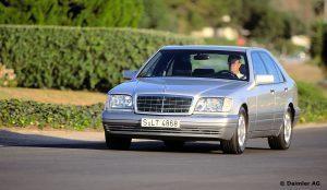 Mercedes-Benz-S-Klasse-Club-Nederland-S-Klasse-Sedan-W140-11-300x174